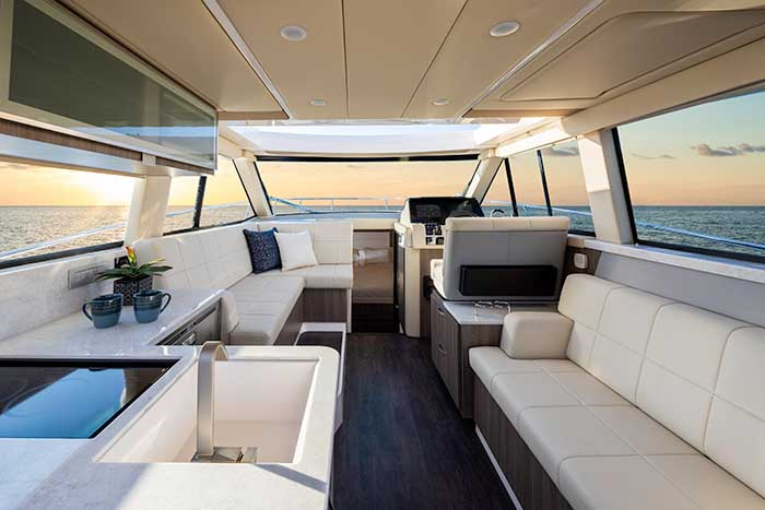 Regal 33XO interior