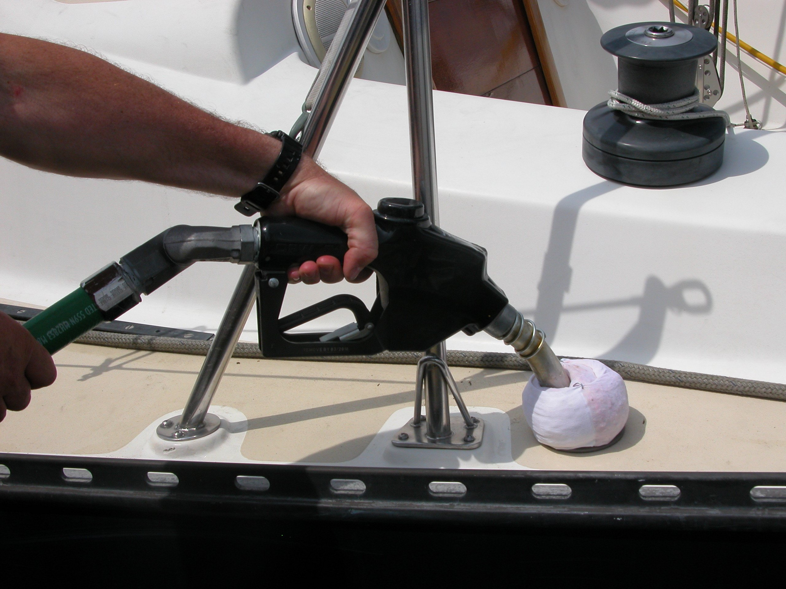 Fuel system maintenance by don casey boattech boatus for How to get motor oil out of jeans