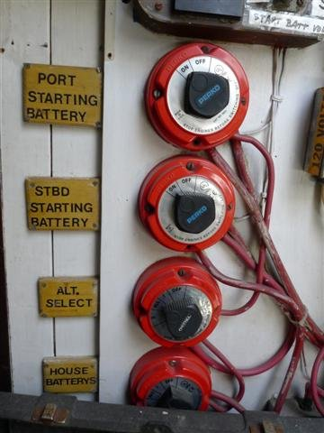 12 volt electrical systems boattech boatus battery switches