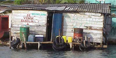 Photo of the gas dock at Paco's