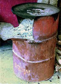 Photo fo an oil drum stove