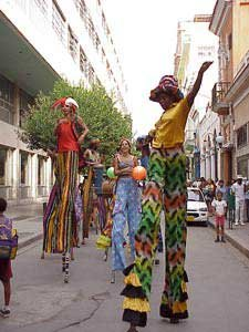 Photo of street performers in Old Havana