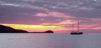 Photo of sunset at Cayos Cochinos