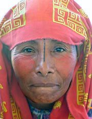 Photo of Kuna woman wearing a mola