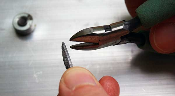 Photo of cutting nail weight