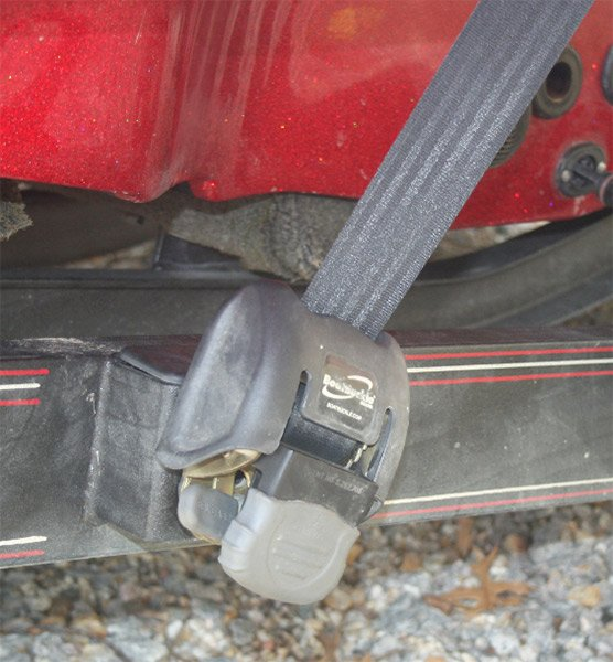 Photo of boat trailer bow strap