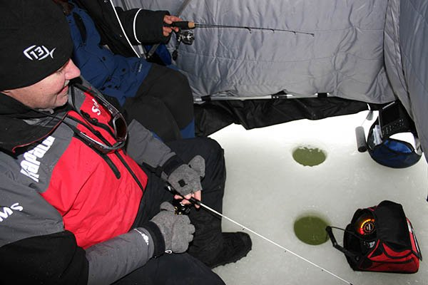 Ice Fishing 101 - Fishing - BoatUS