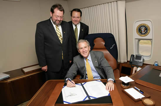 President Bush Signs Clean Boating Act of 2008