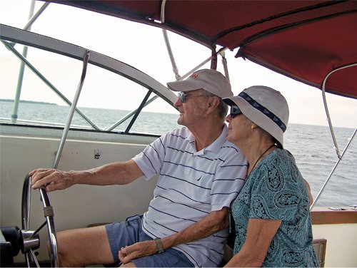 Photo of Ron and Janie Ressel aboard Rojan