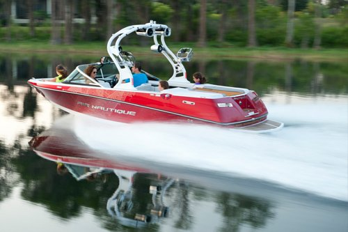 Photo of Correct Craft Sport Nautique 200