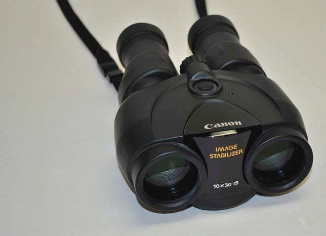 Photo of Canon 10x30 IS binoculars