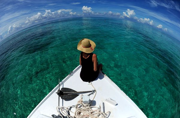 Crystalline waters of the Bahamas beckon from the deck of a dive boat