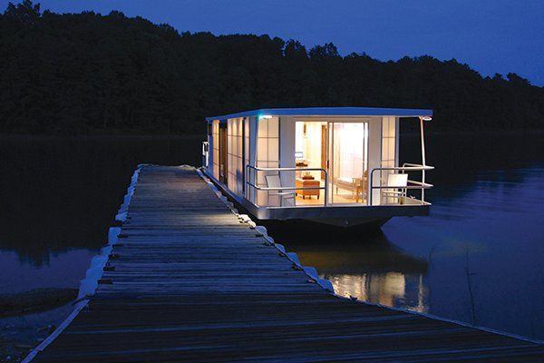 Photo of a upscale houseboat