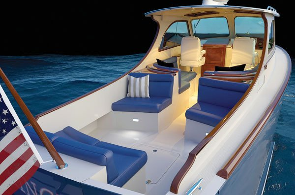 Picnic boats the runabout redefined boatus magazine for Picnic boat plans