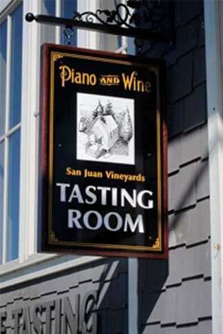 Photo of San Juan Vineyards Tasting Room sign