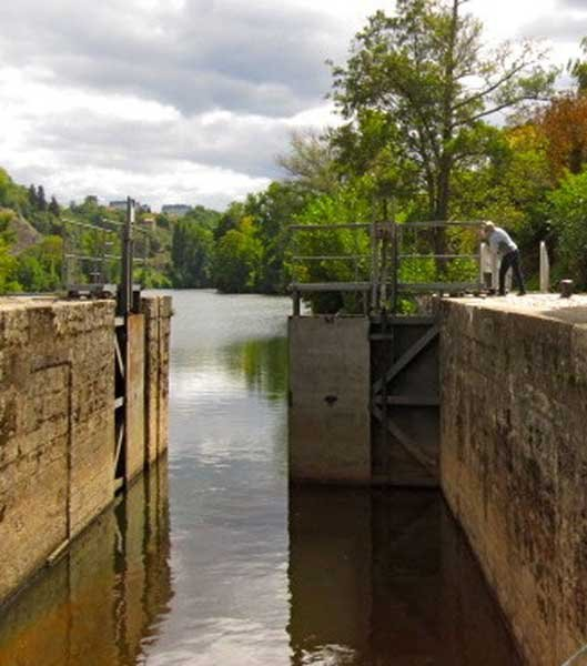 Photo of open lock
