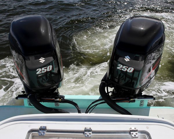 Photo of Optimus 360 system from Teleflex with outboards that can articulate independently
