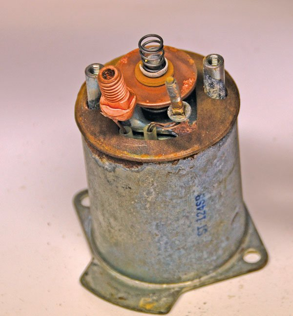 Photo of Cap removed from top of starter solenoid