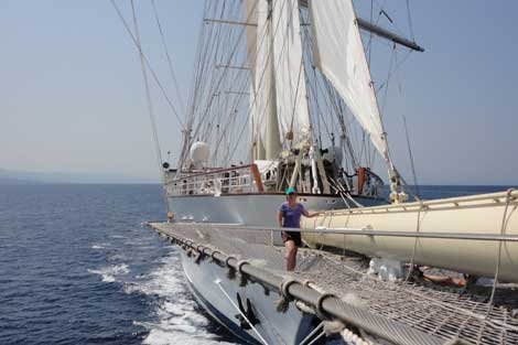 Photo of the Star Clipper at sea April on the bow netting