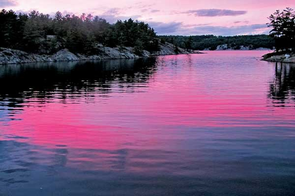 Boating on lake huron boatus magazine photo of sunset over the north channnel sciox Gallery
