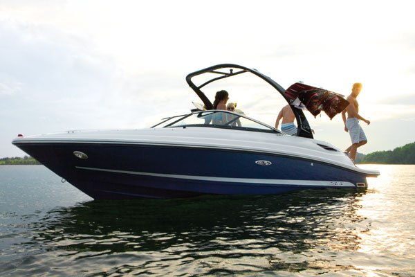 Photo of a Sea Ray 230 SLX