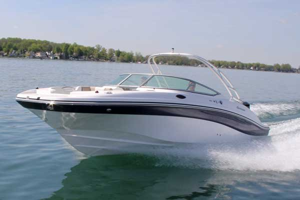 Photo of a Hurricane Sundeck 2690