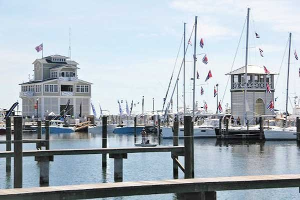 Photo of the Gulfport Small Craft Harbor located on the Mississippi Sound