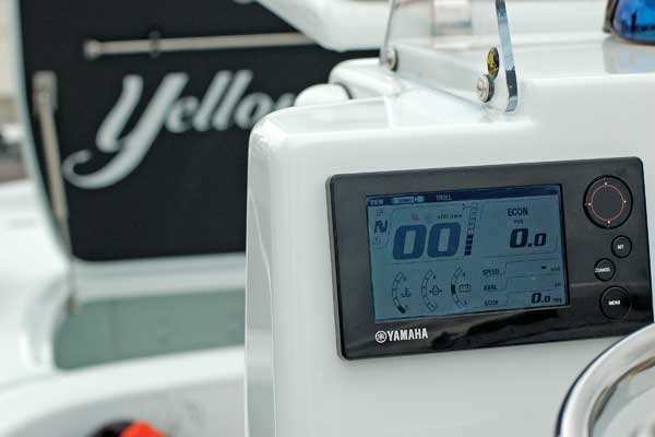 What If Your Temperature Gauge Spikes? - BoatUS Magazine