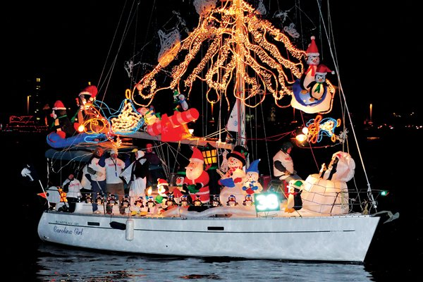 Photo of boat decorated for the Eastport Yacht Club Lights Parade