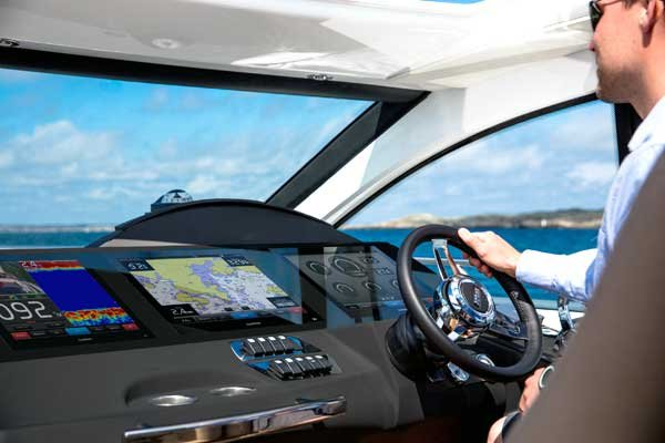 Photo of the Volvo Penta Glass Cockpit