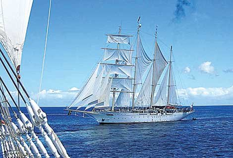 Photo of Star Clipper's sister ship