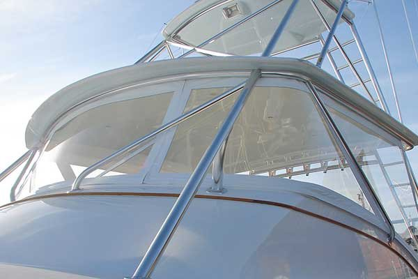 Photo of vinyl boat windshield