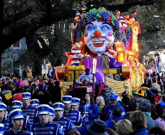 Photo of a clown float in Mardi Gras parade
