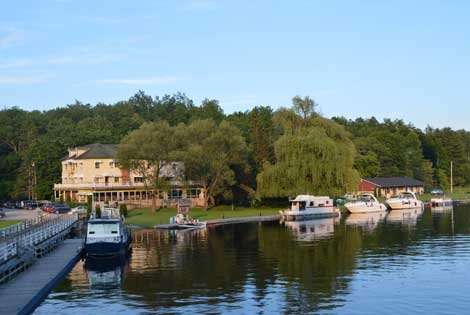 Photo of houseboats moored at Jones Falls