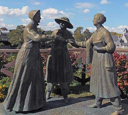 Photo of the Stanton meets Anthony statue at Seneca Falls, NY