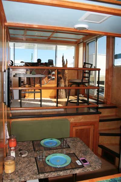 Photo of houseboat interior Don Helgeson