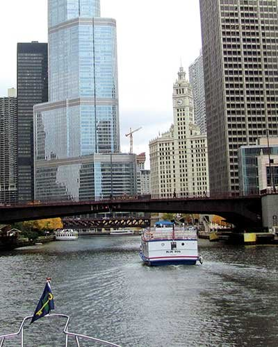 Photo of transiting through the Chicago Canal