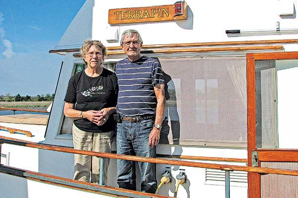 Photo of Barbara and Dick Brilhart aboard their boat