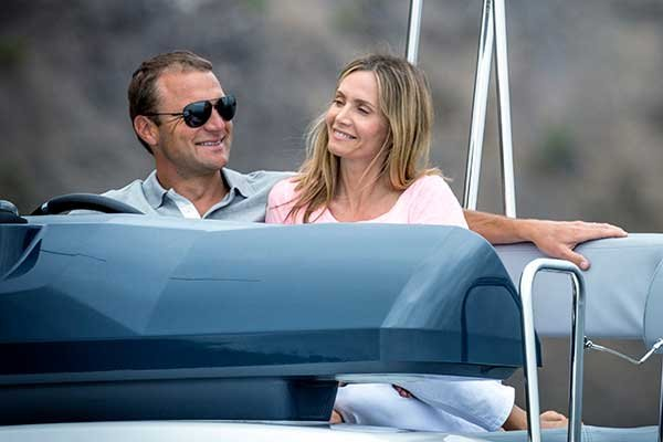 Photo of Townsend Bell and his wife Heather onboard their Beneteau Barracuda