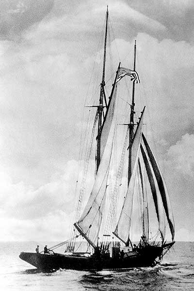 Photo of the rum runner, Arethusa