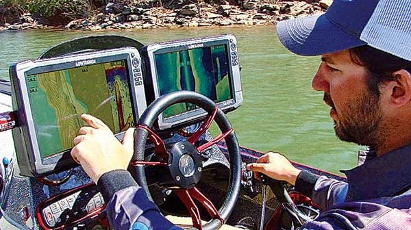 Photo of Navico's Insight Genesis being used on Lake Lanier