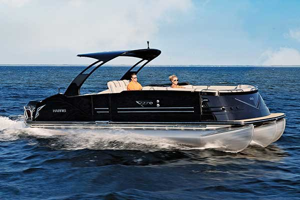 Pontoon Boats - BoatUS Magazine