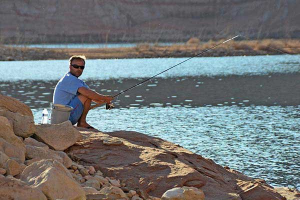 Lake powell enduring memories in the canyons boatus for Lake powell florida fishing