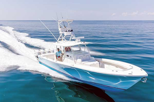 Regulator 41 Sportfishing Boat
