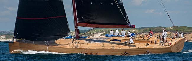 Foggy, Gehry's 74-foot racing daysailer
