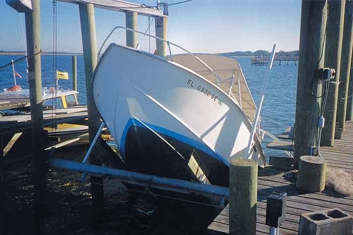Boat lift collapse