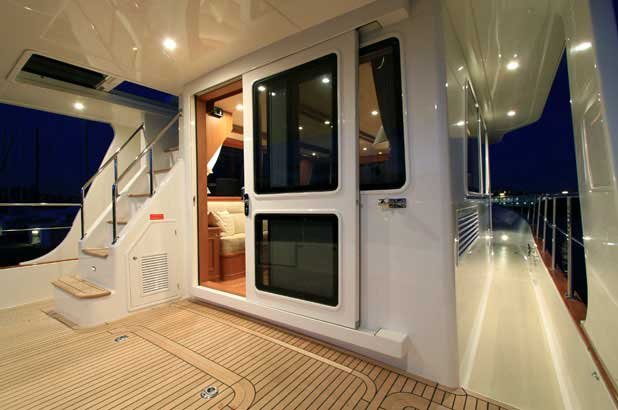 Grand Banks Heritage 41 EU interior