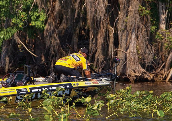 Photo of Bassmaster Elite Series pro Terry Scroggins fishing