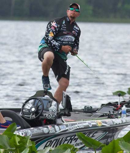 Photo of Chris Lane fishing a tournament