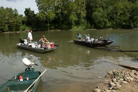 Photo of boating in Route 66 State Park